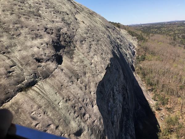 ストーンマウンテンの岩肌