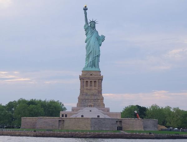 クルージングから見た自由の女神