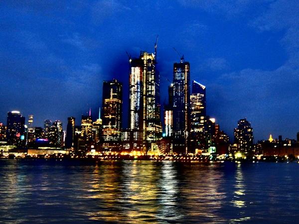 クルージングから見たマンハッタンの夜景