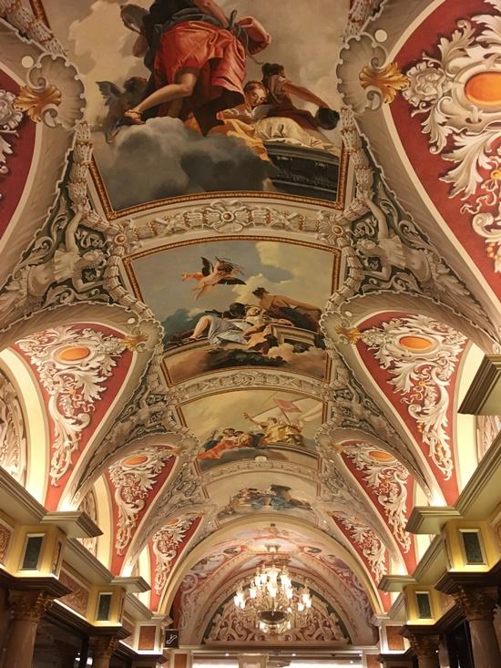 ベネチアンの天井